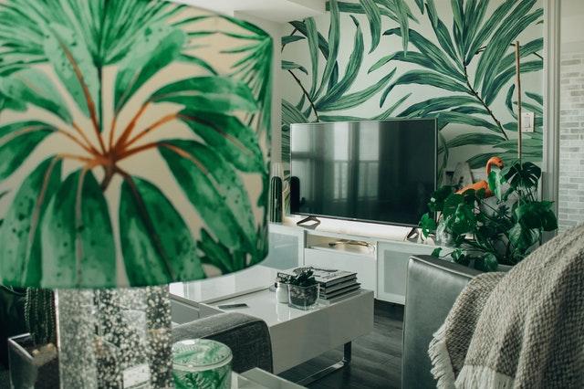 palm print wall