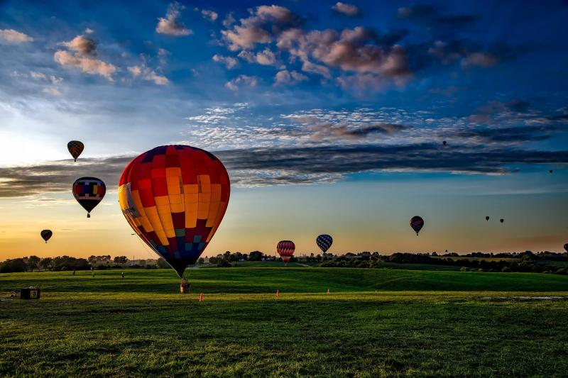 Hot Air Balloon Rides are the Ultimate Gift